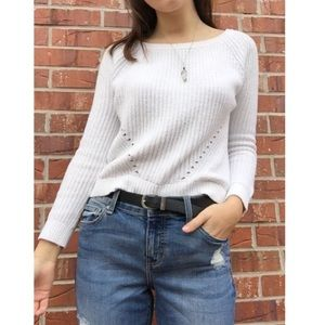 GAP • White Knit Cropped Sweater •